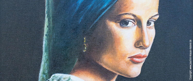 Orientalin mit blauem Kopftuch - Ausschnitt